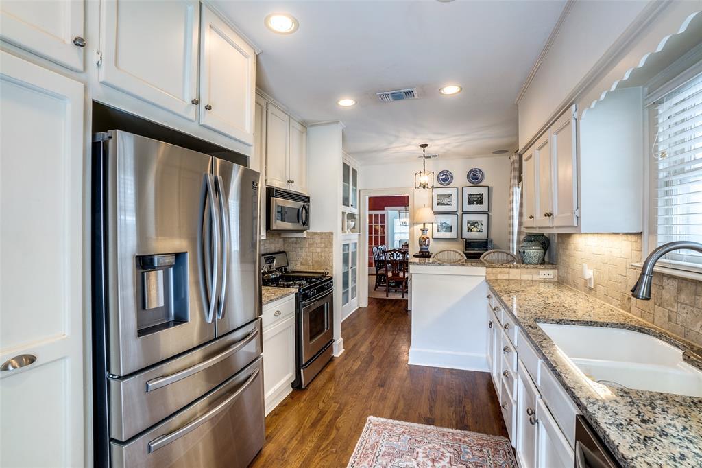 5827 Morningside Avenue, Dallas, Texas 75206 - acquisto real estate best listing agent in the nation shana acquisto estate realtor