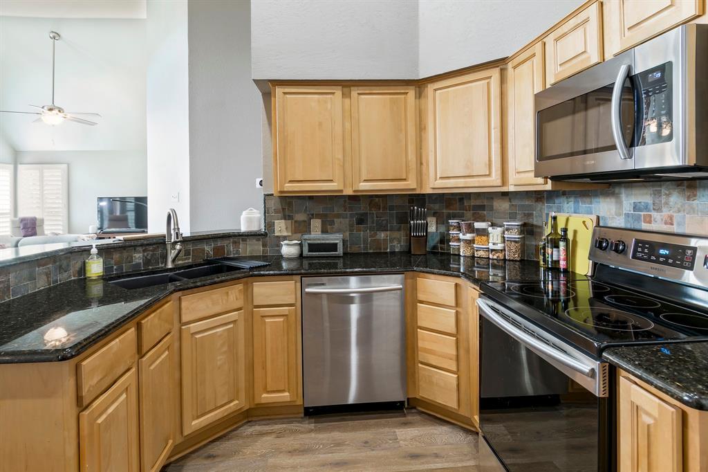 5415 MILL RUN Drive, McKinney, Texas 75072 - acquisto real estate best listing agent in the nation shana acquisto estate realtor