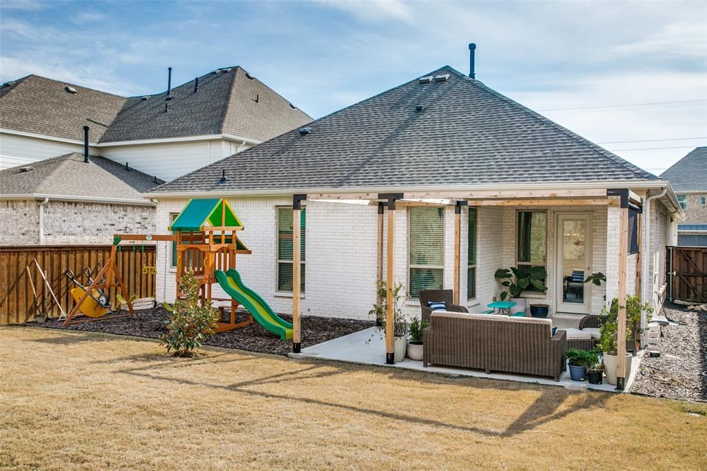 3433 Begonia Lane, Irving, Texas 75038 - acquisto real estate agent of the year mike shepherd