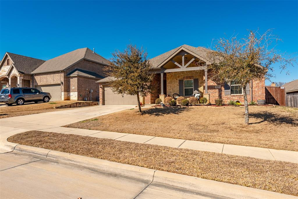 1237 Barberry  Drive, Burleson, Texas 76028 - Acquisto Real Estate best plano realtor mike Shepherd home owners association expert