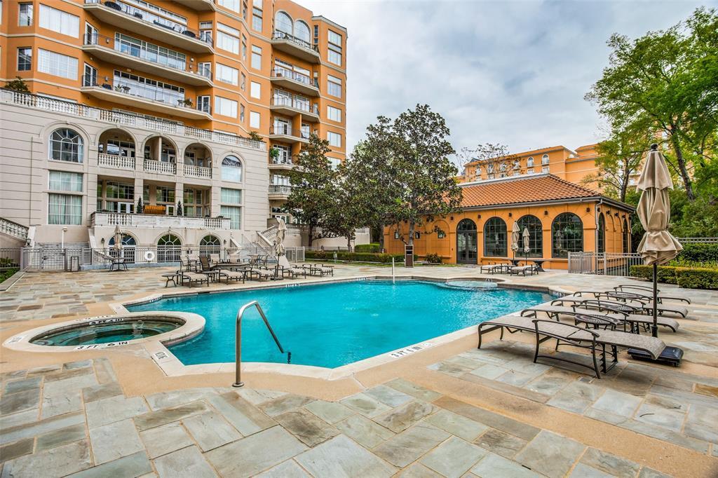 2828 Hood Street, Dallas, Texas 75219 - acquisto real estate best park cities realtor kim miller best staging agent
