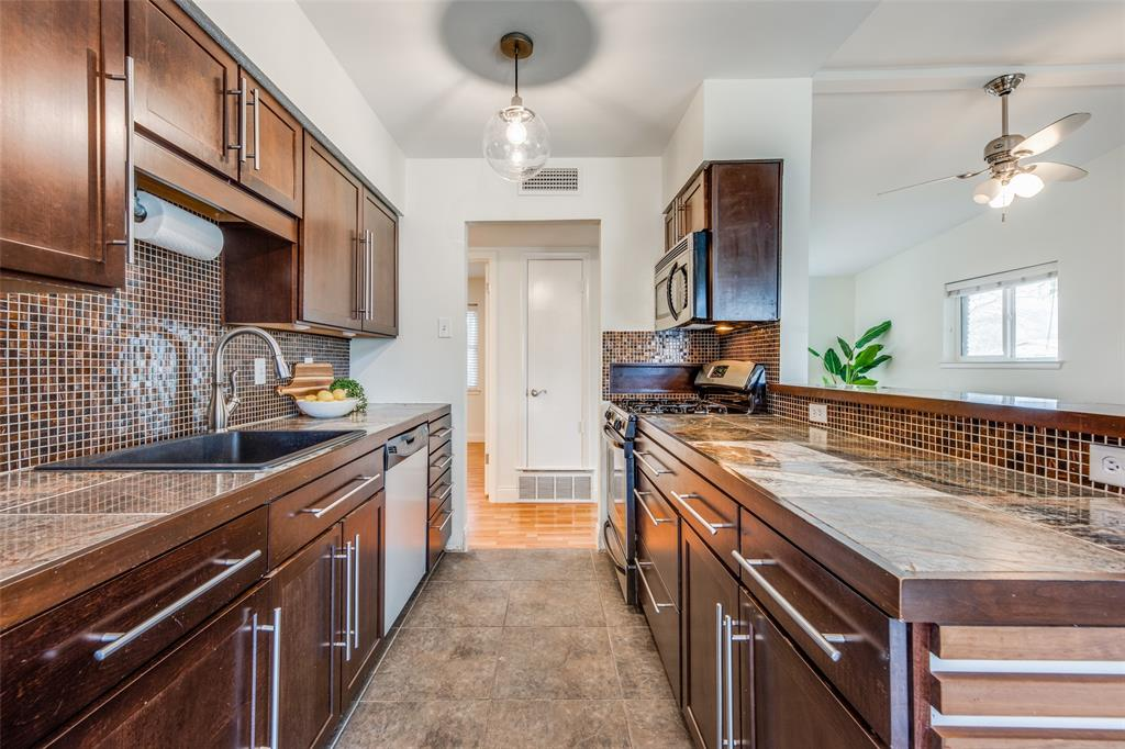 12030 Sunland Street, Dallas, Texas 75218 - acquisto real estate best real estate company in frisco texas real estate showings