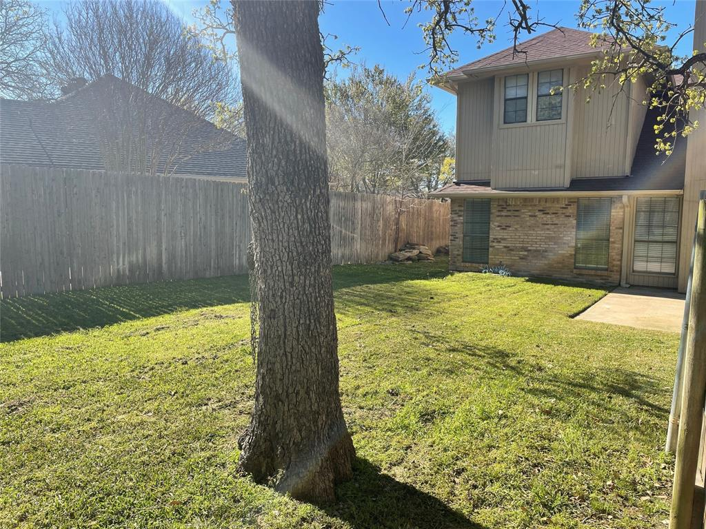 1020 Chasemore  Court, Mansfield, Texas 76063 - acquisto real estate best negotiating realtor linda miller declutter realtor