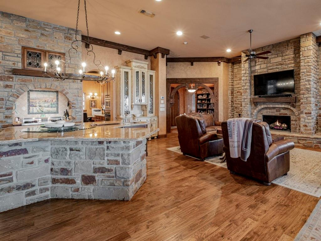 2305 Alexa Court, Granbury, Texas 76048 - acquisto real estate best listing agent in the nation shana acquisto estate realtor