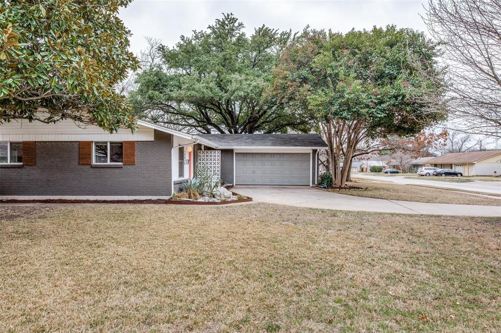 12030 Sunland Street, Dallas, Texas 75218 - acquisto real estate best realtor dfw jody daley liberty high school realtor