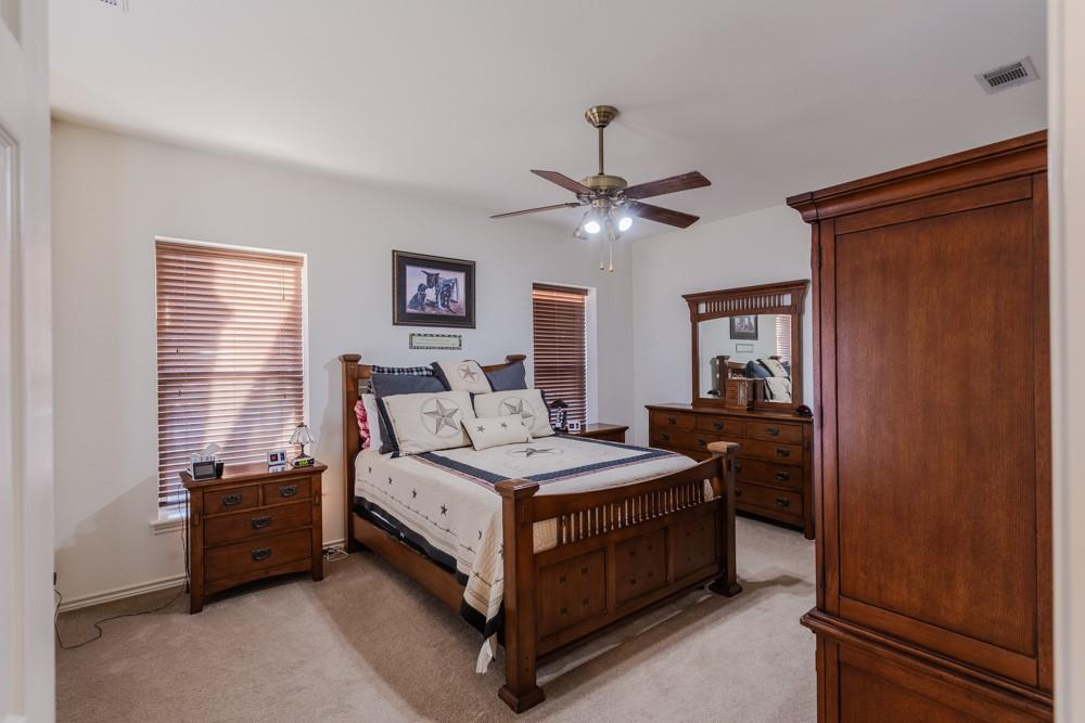 1060 Tumbleweed Drive, Waxahachie, Texas 75167 - acquisto real estaet best boutique real estate firm in texas for high net worth sellers