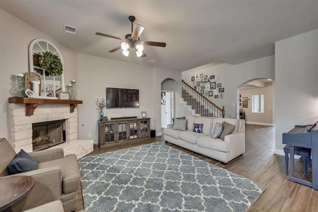 1617 Wright Street, Savannah, Texas 76227 - acquisto real estate best frisco real estate broker in texas for high net worth buyers