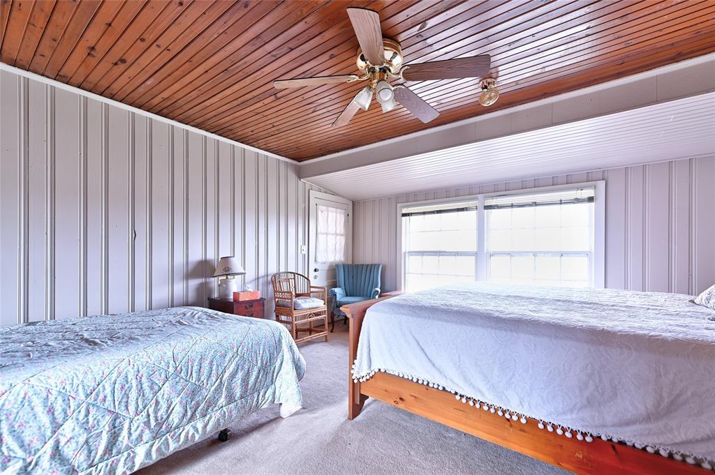 19415 Farm Road 137 Roxton, Texas 75477 - acquisto real estate best negotiating realtor linda miller declutter realtor