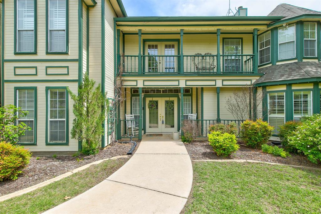 100 Mariah  Drive, Weatherford, Texas 76087 - acquisto real estate best celina realtor logan lawrence best dressed realtor