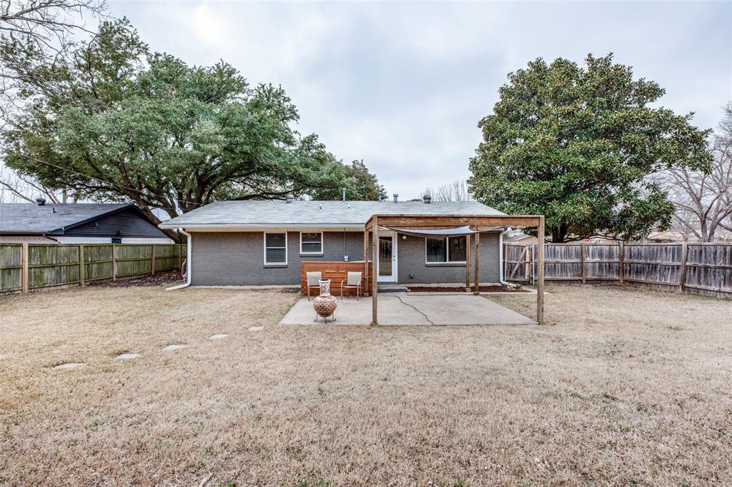 12030 Sunland Street, Dallas, Texas 75218 - acquisto real estate best realtor foreclosure real estate mike shepeherd walnut grove realtor