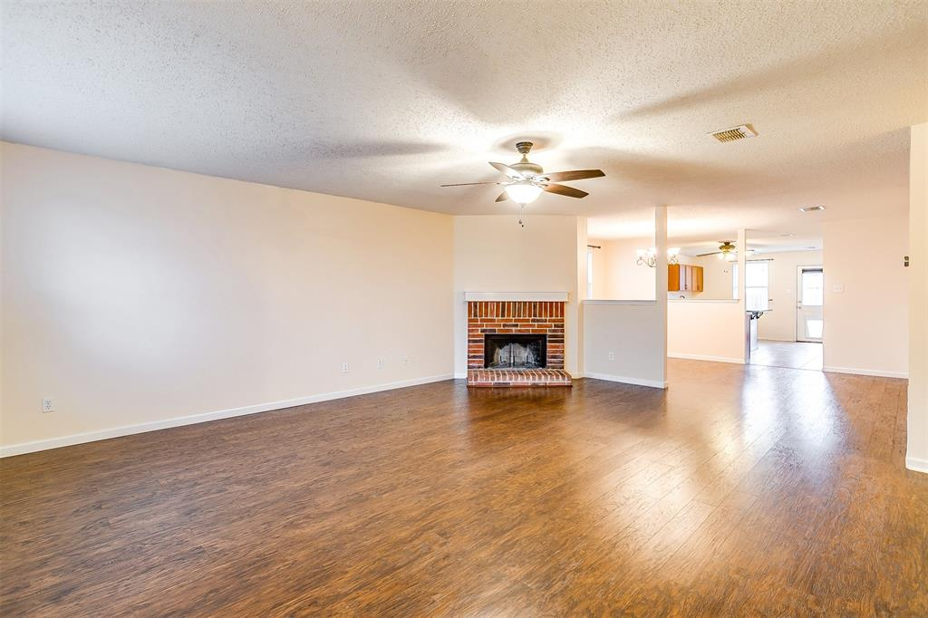 3848 Irish Setter Drive, Fort Worth, Texas 76123 - acquisto real estate best real estate company in frisco texas real estate showings