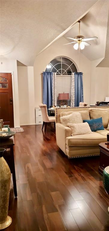 1104 Brewer Drive, Cedar Hill, Texas 75104 - acquisto real estate best the colony realtor linda miller the bridges real estate
