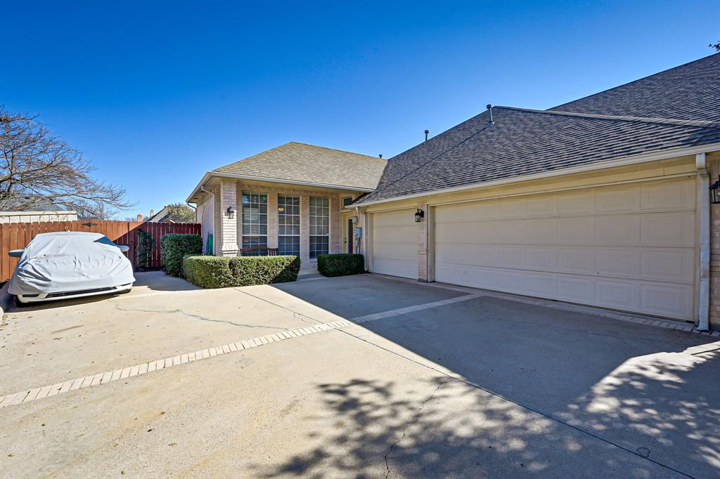 1404 Waterwood Drive, Mansfield, Texas 76063 - acquisto real estate agent of the year mike shepherd