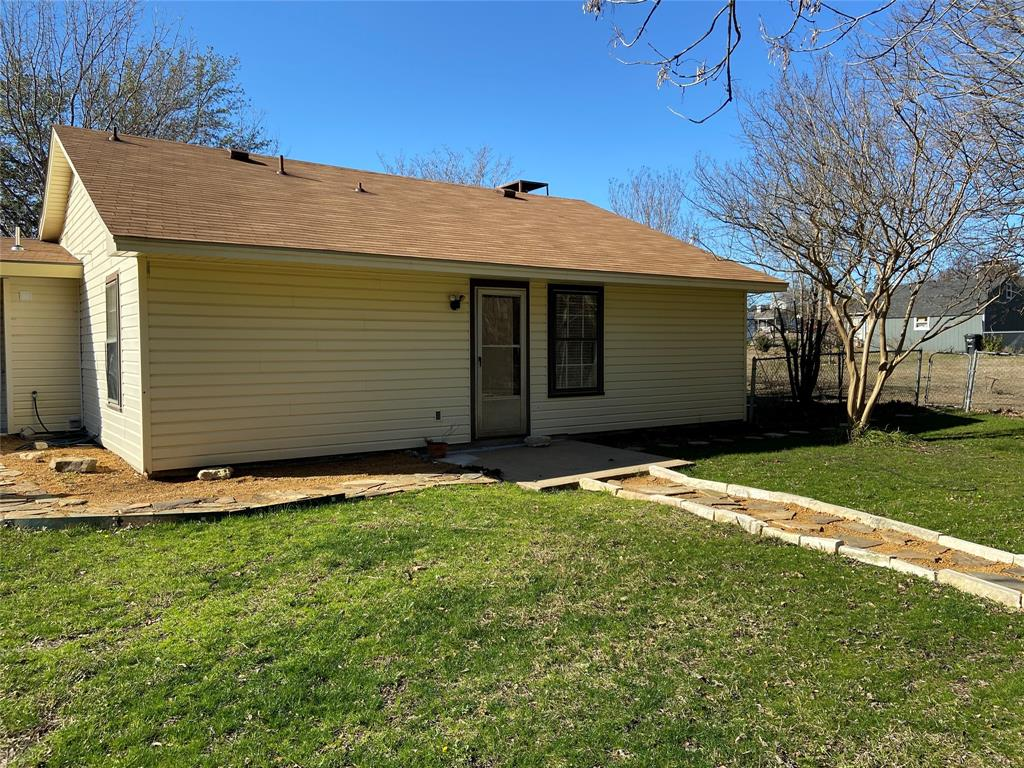 1435 Pioneer Drive, Lowry Crossing, Texas 75069 - acquisto real estate best the colony realtor linda miller the bridges real estate