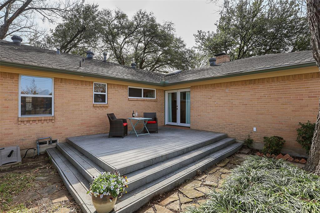 8557 Sweetwood Drive, Dallas, Texas 75228 - acquisto real estate agent of the year mike shepherd