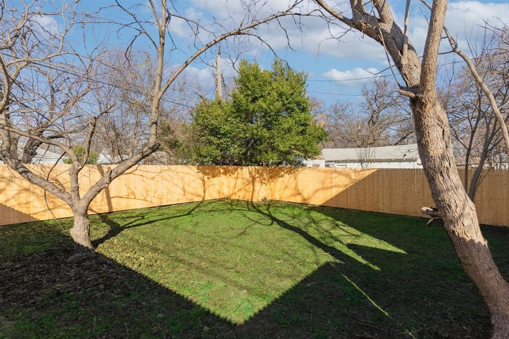 1301 Clarence Street, Haltom City, Texas 76117 - acquisto real estate best realtor dallas texas linda miller agent for cultural buyers
