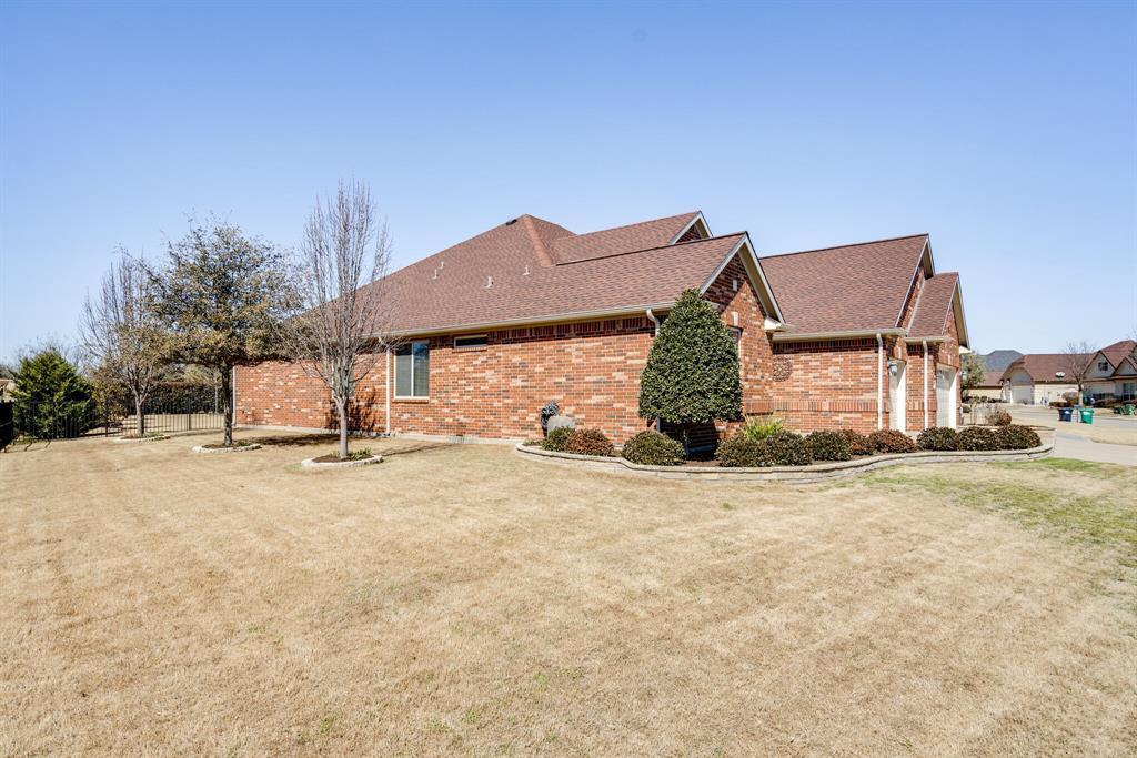 9004 Freeport Drive, Denton, Texas 76207 - acquisto real estate best the colony realtor linda miller the bridges real estate