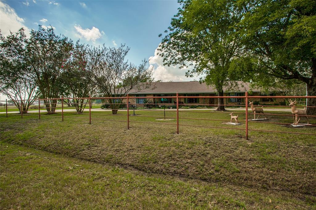 410 County Rd 2710 Honey Grove, Texas 75446 - acquisto real estate best prosper realtor susan cancemi windfarms realtor