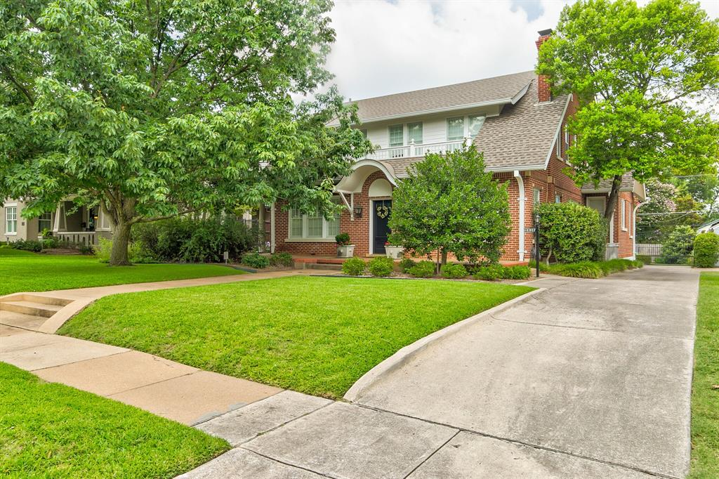 2434 Wabash Avenue, Fort Worth, Texas 76109 - Acquisto Real Estate best plano realtor mike Shepherd home owners association expert