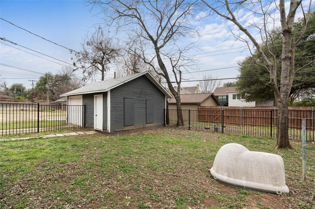 1816 Forest Park Boulevard, Fort Worth, Texas 76110 - acquisto real estate mvp award real estate logan lawrence