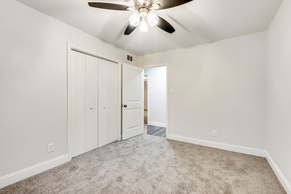 623 Greenleaf Drive, Richardson, Texas 75080 - acquisto real estate best realtor foreclosure real estate mike shepeherd walnut grove realtor