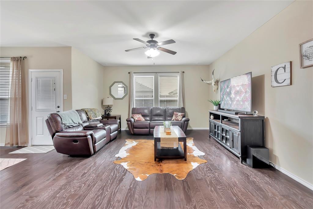 10112 Burtrum Drive, Fort Worth, Texas 76177 - acquisto real estate best prosper realtor susan cancemi windfarms realtor