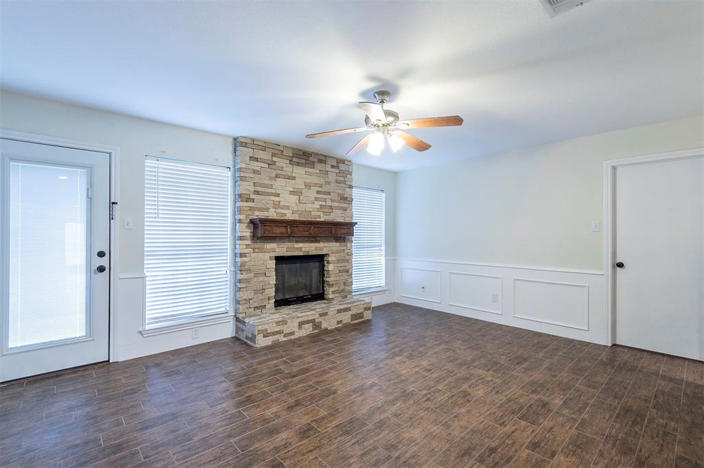 1020 Chasemore  Court, Mansfield, Texas 76063 - acquisto real estate best real estate company to work for