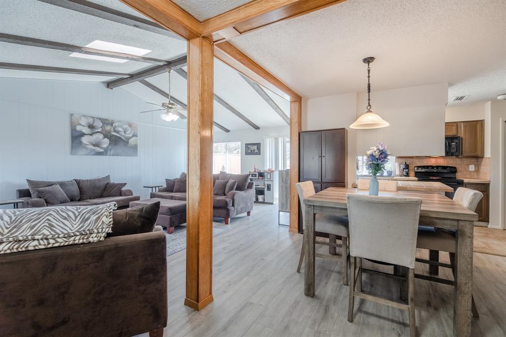 2212 Colonial Place, Carrollton, Texas 75007 - acquisto real estate best new home sales realtor linda miller executor real estate