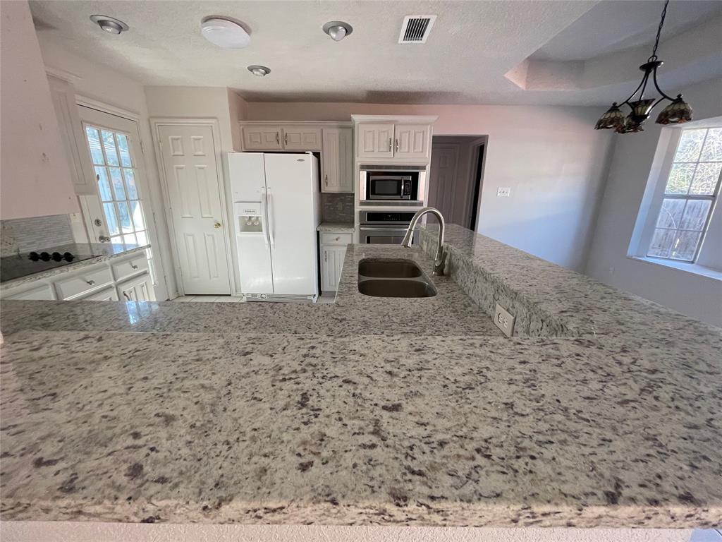 3614 Sunnypark Drive, Arlington, Texas 76014 - acquisto real estate best prosper realtor susan cancemi windfarms realtor