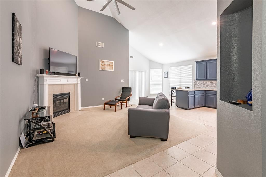 9736 Burwell  Drive, Fort Worth, Texas 76244 - acquisto real estate best real estate company to work for