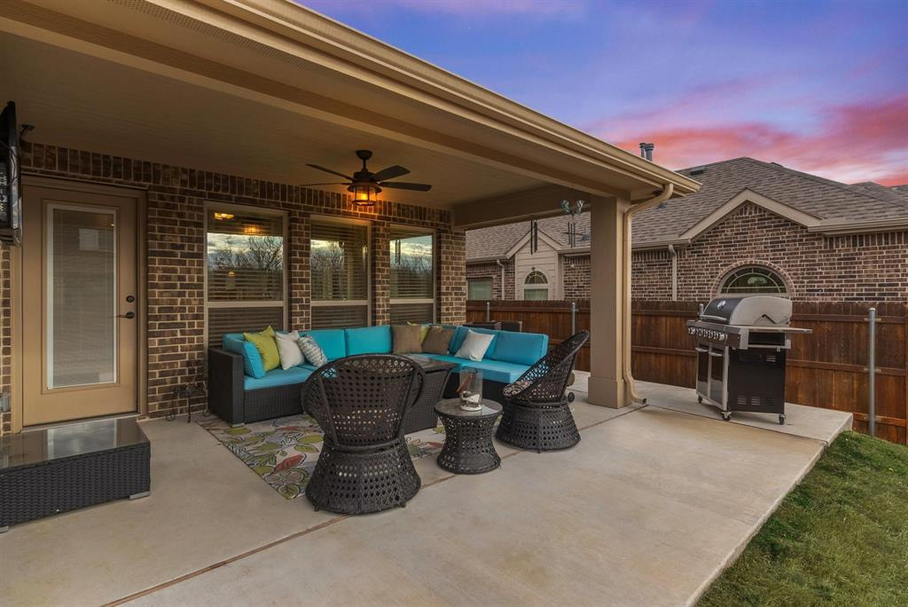 805 Foxtail Drive, Mansfield, Texas 76063 - acquisto real estate best park cities realtor kim miller best staging agent