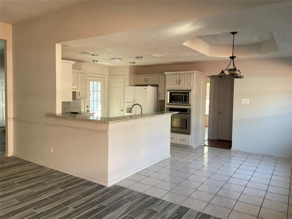 3614 Sunnypark Drive, Arlington, Texas 76014 - acquisto real estate best celina realtor logan lawrence best dressed realtor