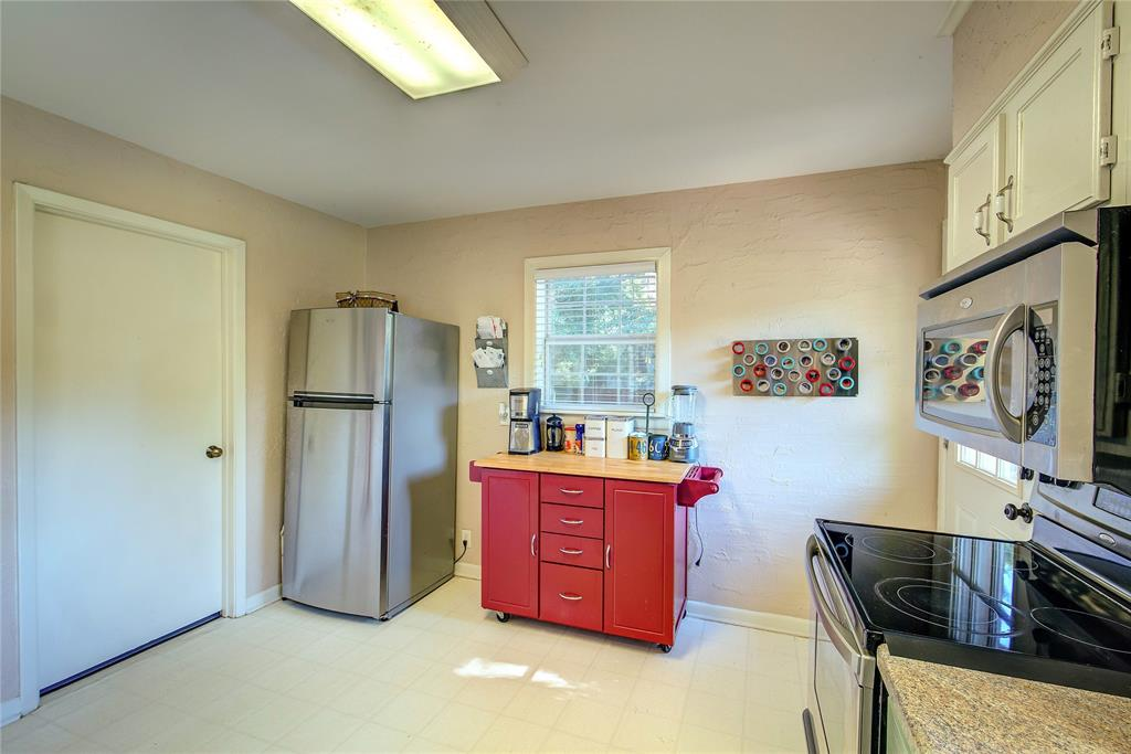 512 Davis Street, Sulphur Springs, Texas 75482 - acquisto real estate best real estate company to work for