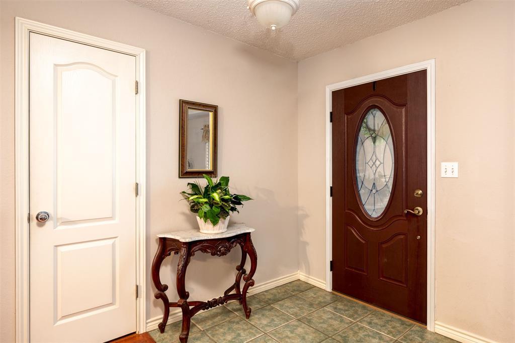 1108 LINDA Lane, Greenville, Texas 75402 - acquisto real estate best prosper realtor susan cancemi windfarms realtor