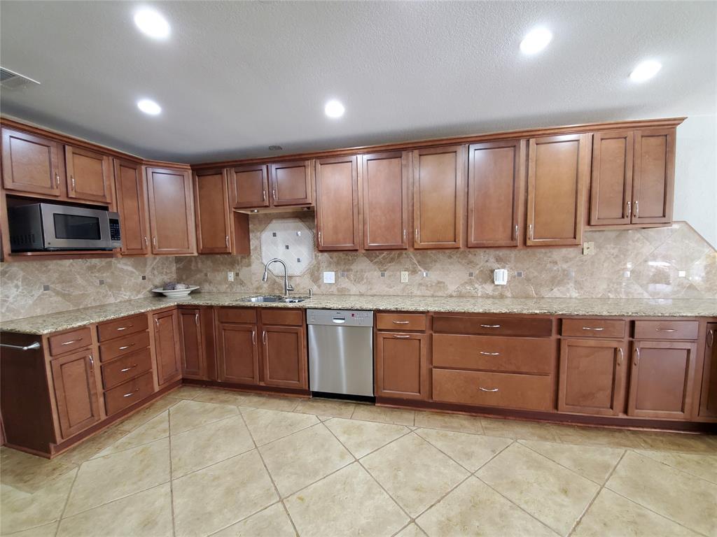 125 Pearson  Lane, Southlake, Texas 76092 - acquisto real estate best celina realtor logan lawrence best dressed realtor