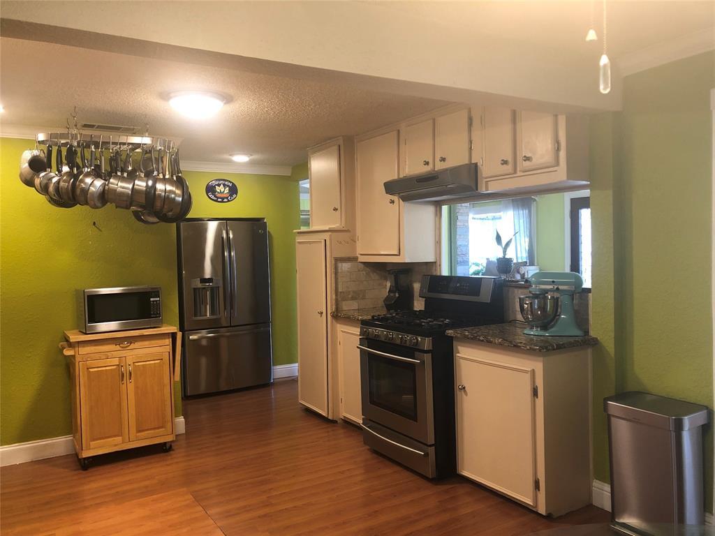 2507 Vernon  Avenue, Dallas, Texas 75224 - acquisto real estate best highland park realtor amy gasperini fast real estate service