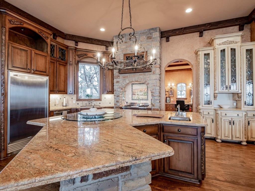 2305 Alexa Court, Granbury, Texas 76048 - acquisto real estate best luxury buyers agent in texas shana acquisto inheritance realtor