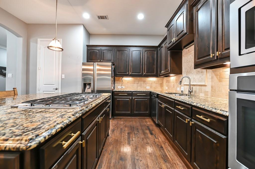 1404 Steepleview Lane, McKinney, Texas 75069 - acquisto real estate best real estate company to work for