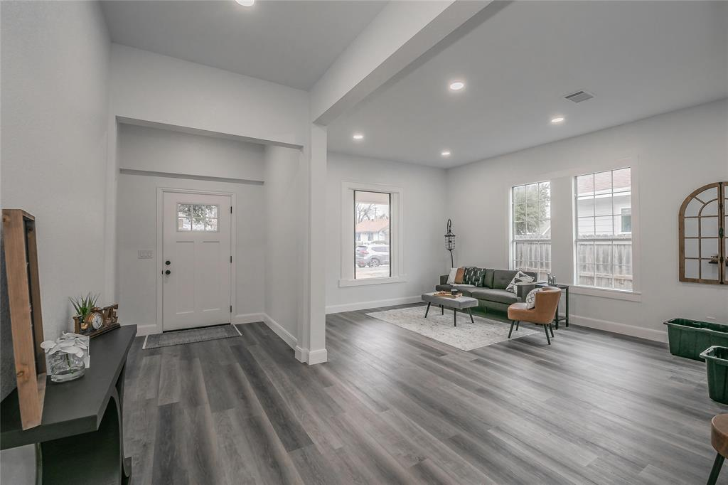 2925 May Street, Fort Worth, Texas 76110 - acquisto real estate best flower mound realtor jody daley lake highalands agent of the year
