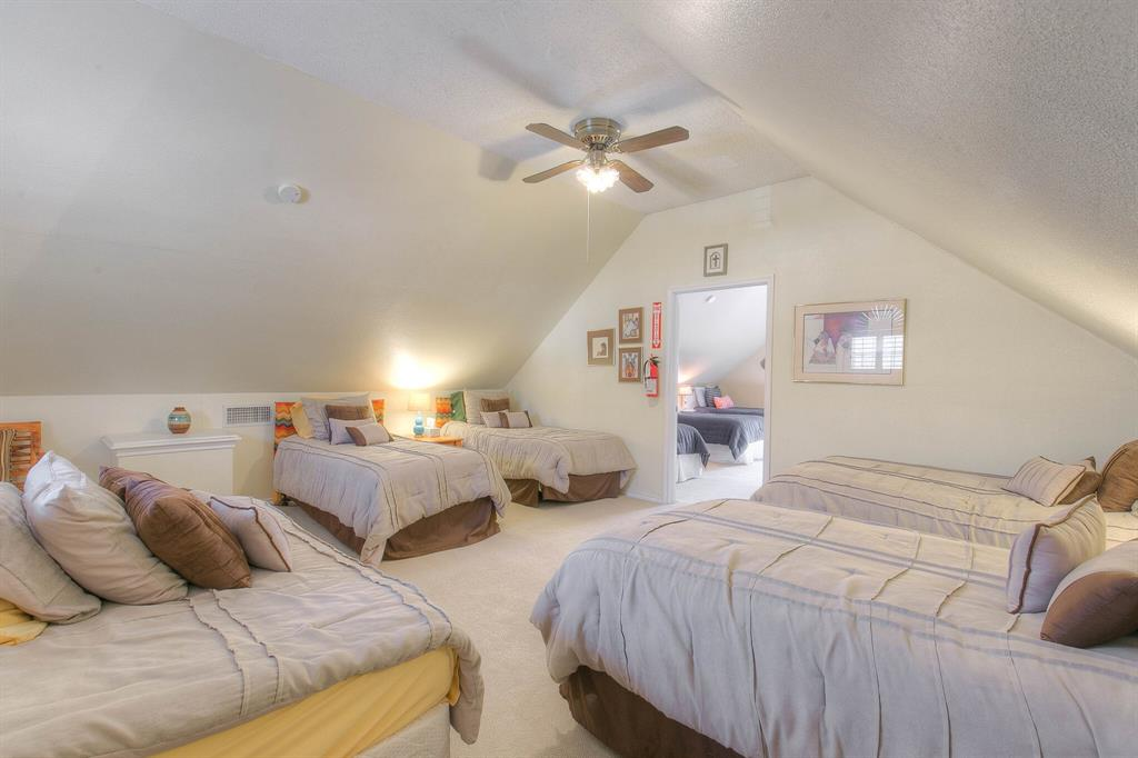 100 Mariah  Drive, Weatherford, Texas 76087 - acquisto real estate best park cities realtor kim miller best staging agent