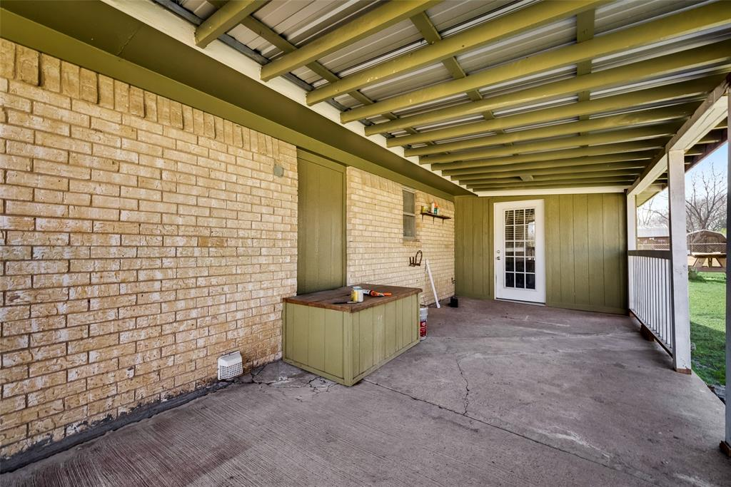 104 Buchanan Boulevard, Corsicana, Texas 75110 - acquisto real estate best realtor dfw jody daley liberty high school realtor