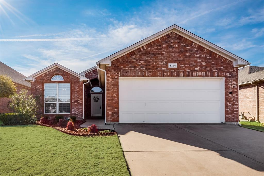 3720 Grantsville Drive, Fort Worth, Texas 76244 - Acquisto Real Estate best plano realtor mike Shepherd home owners association expert