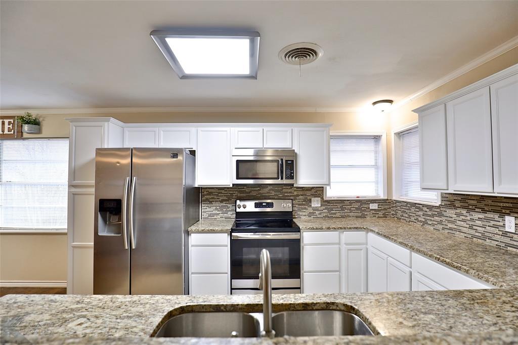 3410 27th Street, Abilene, Texas 79605 - acquisto real estate best designer and realtor hannah ewing kind realtor