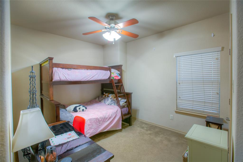 1325 Woodbine Cliff Drive, Fort Worth, Texas 76179 - acquisto real estate best realtor foreclosure real estate mike shepeherd walnut grove realtor