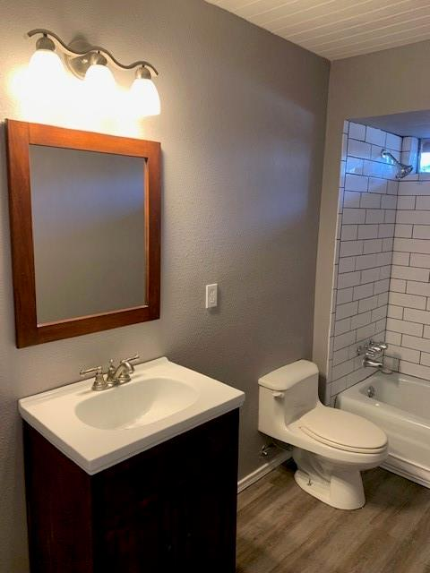 1220 Holt Avenue, DeSoto, Texas 75115 - acquisto real estate best real estate company in frisco texas real estate showings