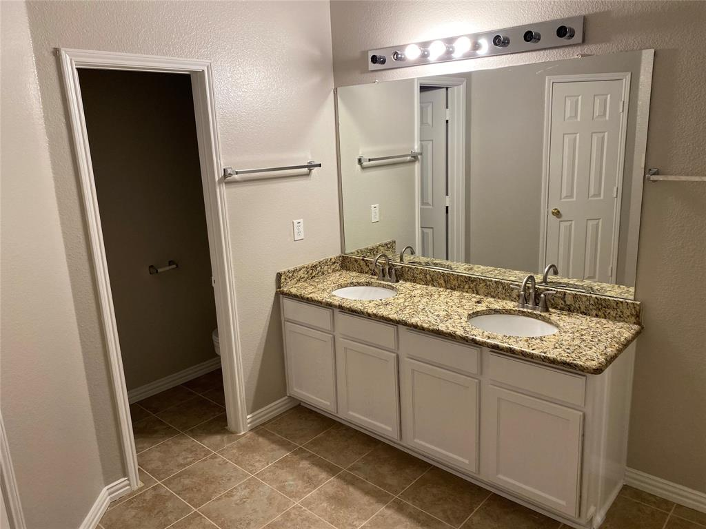 7209 Hummingbird  Court, North Richland Hills, Texas 76180 - acquisto real estate best real estate company to work for