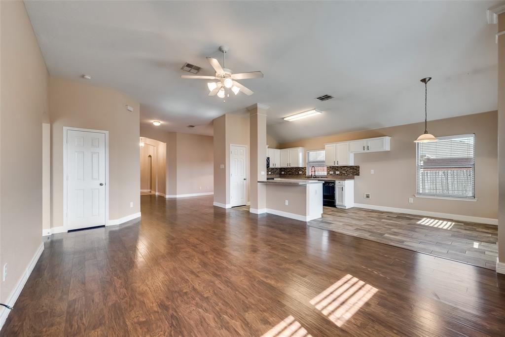 127 Hazelnut Trail, Forney, Texas 75126 - acquisto real estate best prosper realtor susan cancemi windfarms realtor