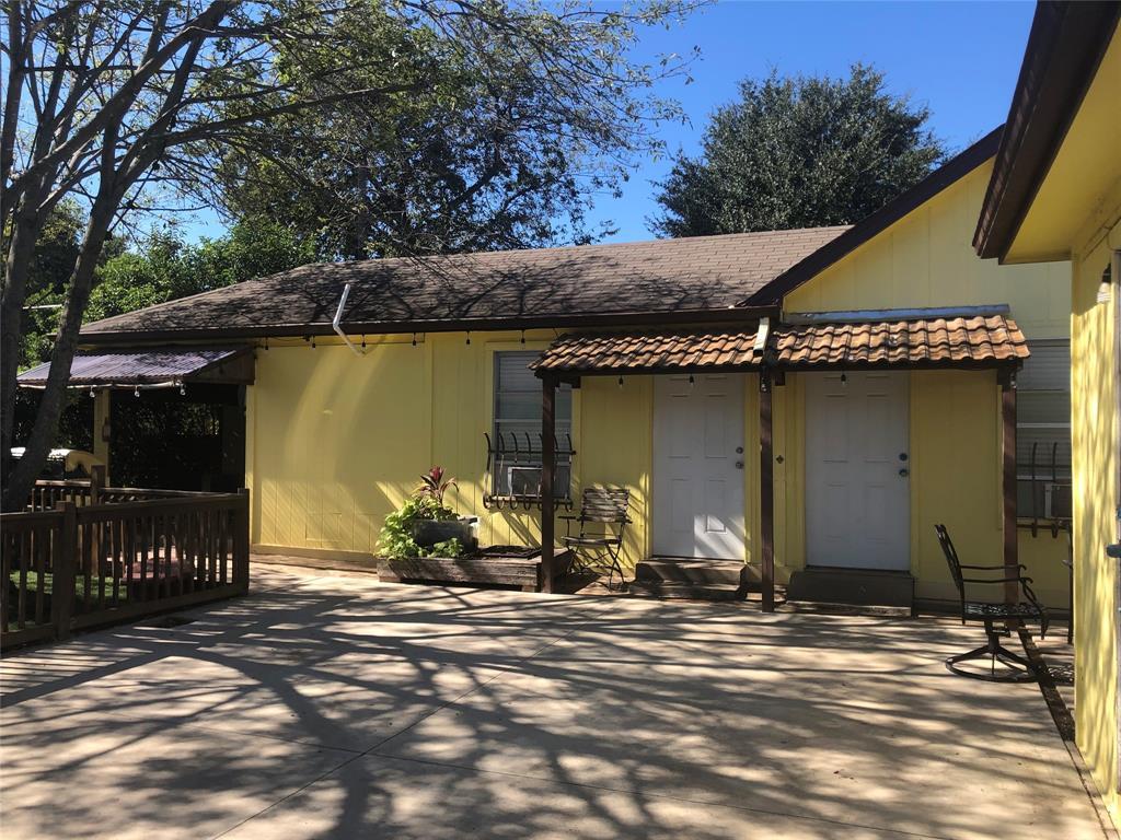 2507 Vernon  Avenue, Dallas, Texas 75224 - acquisto real estate best realtor foreclosure real estate mike shepeherd walnut grove realtor