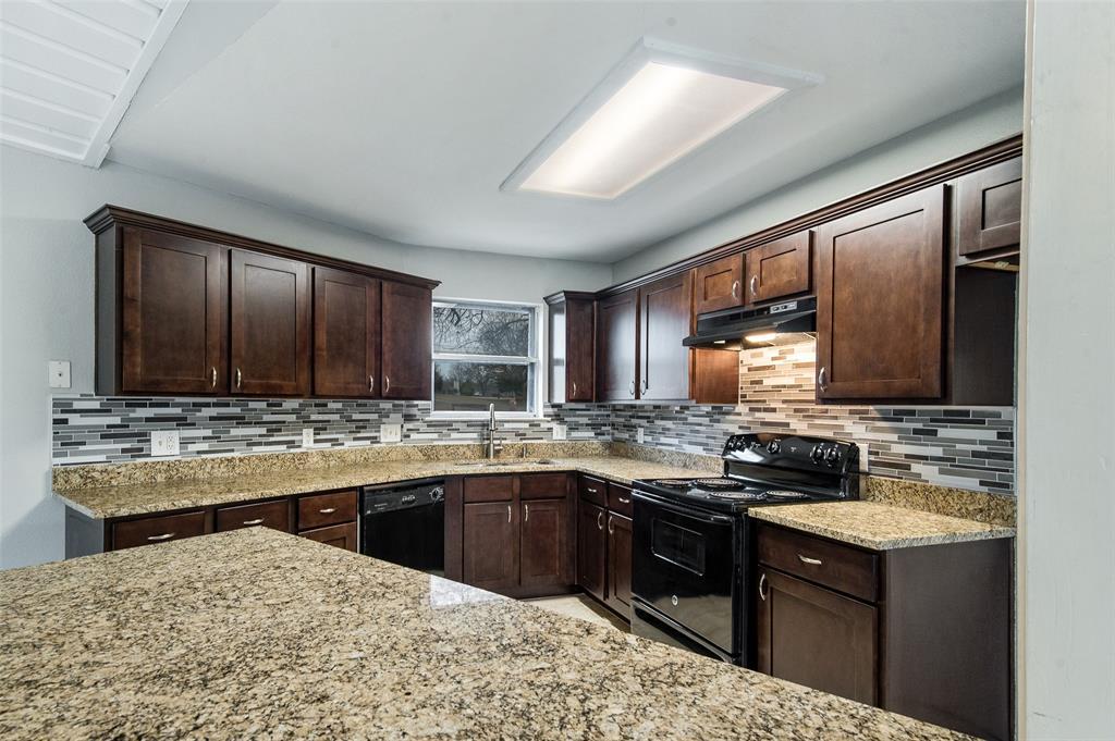 1410 Traildust Drive, Lowry Crossing, Texas 75069 - acquisto real estate best realtor dfw jody daley liberty high school realtor