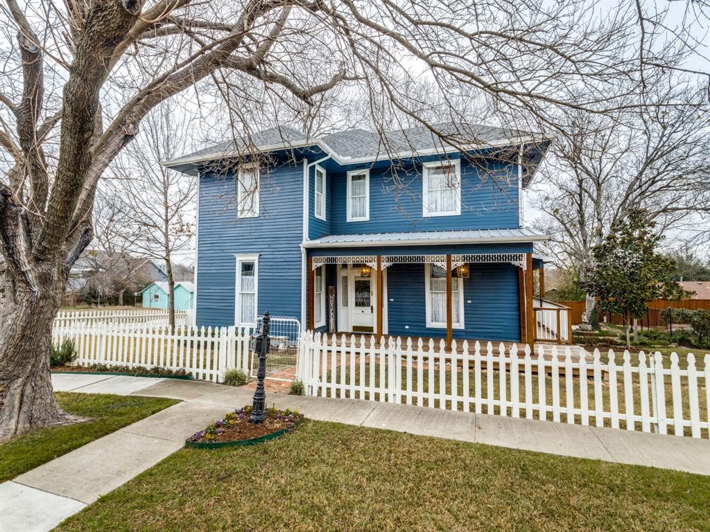 601 Parker Street, McKinney, Texas 75069 - Acquisto Real Estate best plano realtor mike Shepherd home owners association expert